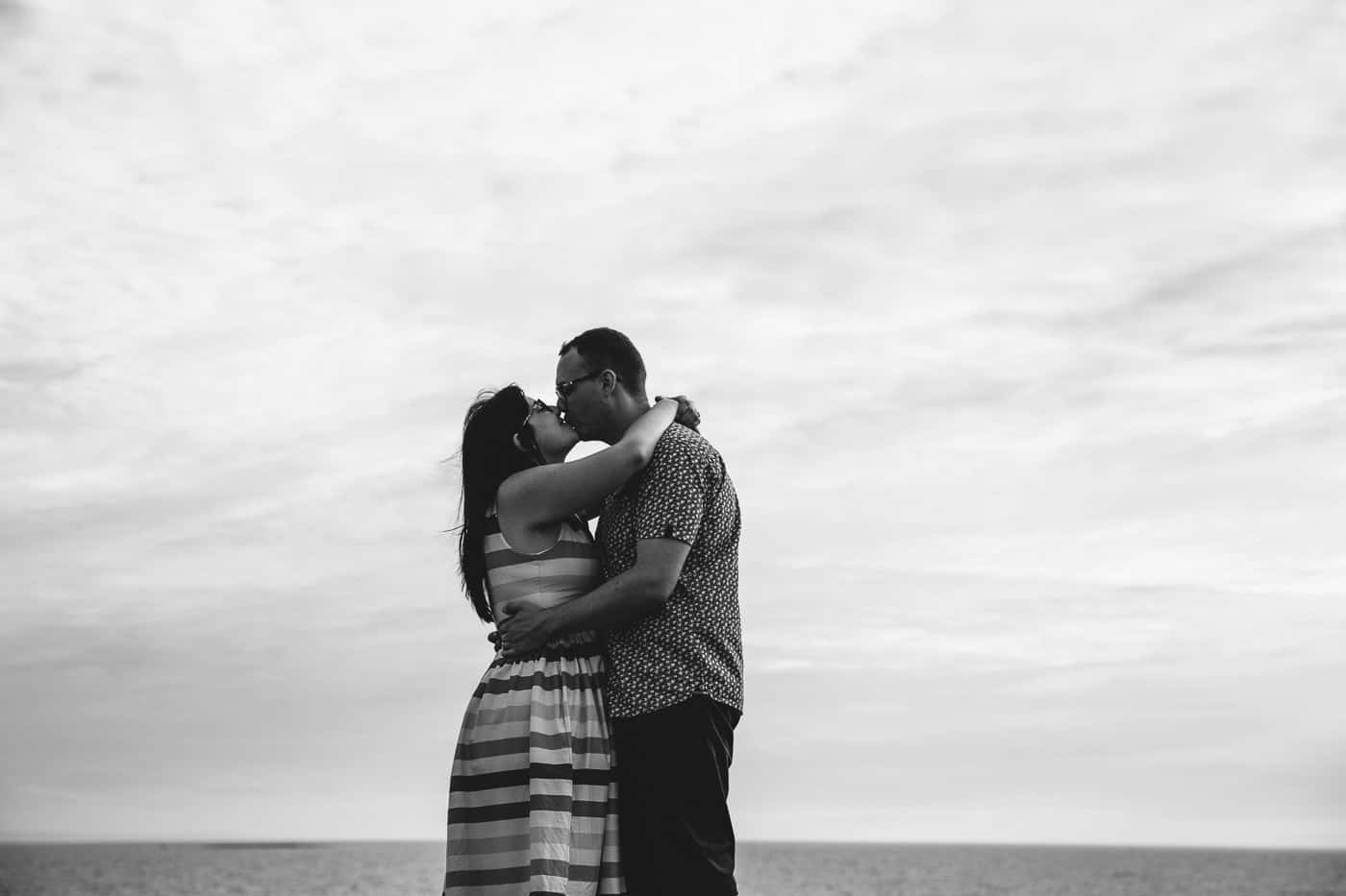 Ogmore-Castle-Couples-Session-beach kiss