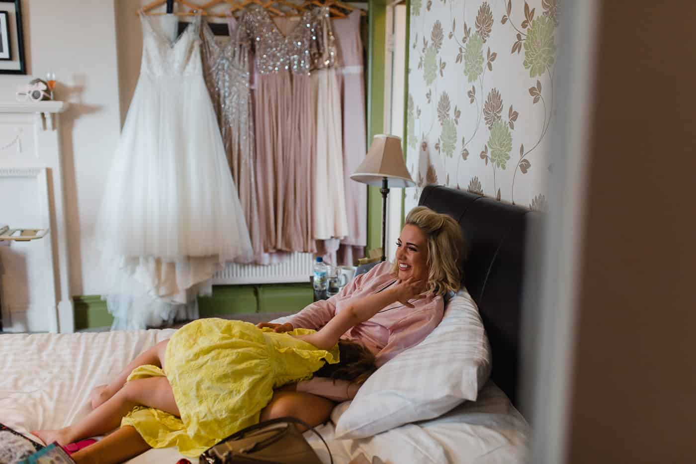 Broadway-Country-House - bridal prep