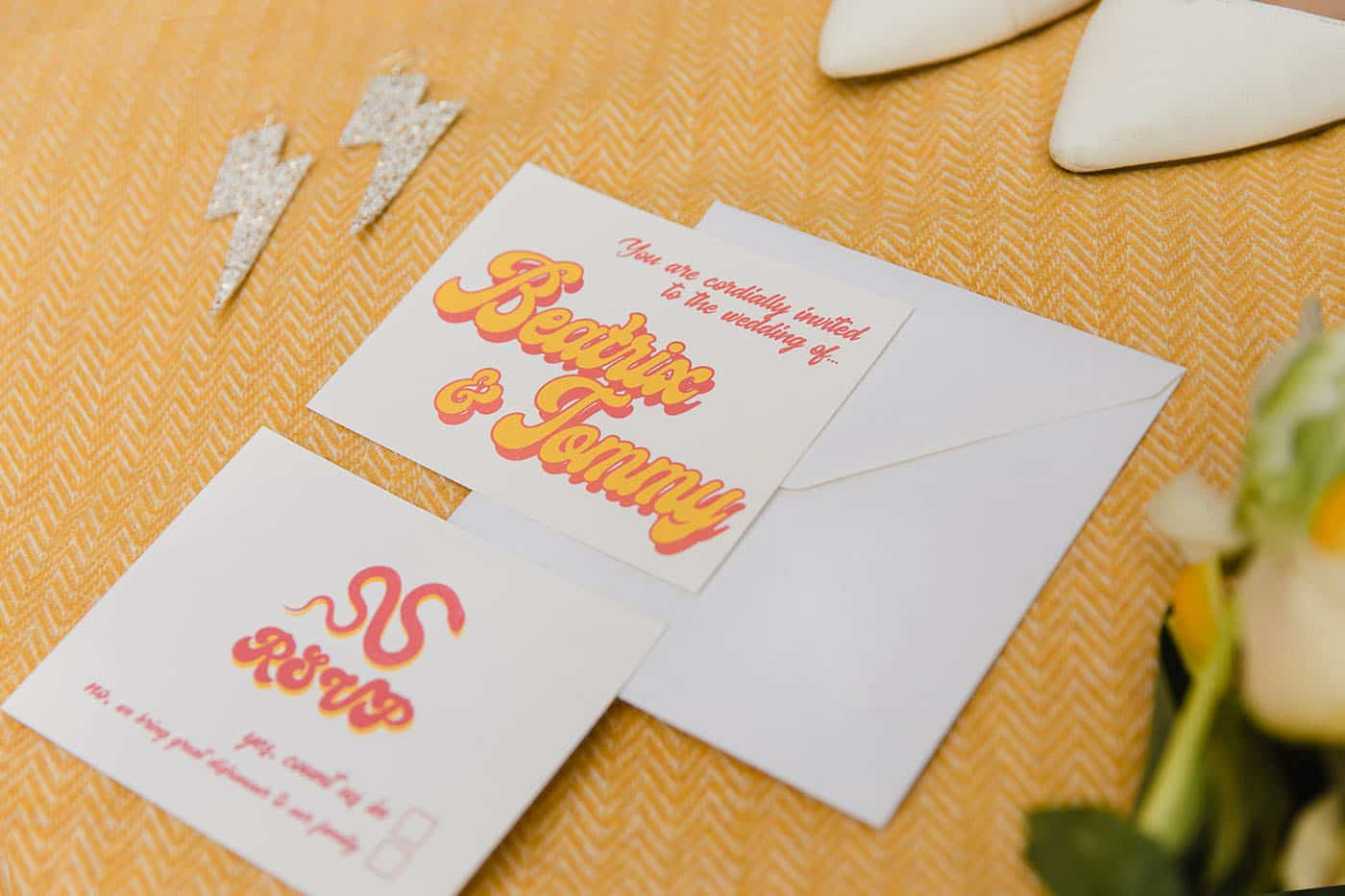 alternative wedding invitation ideas